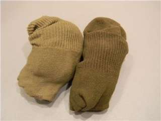 ORIGINAL WORLD WAR 2 US ARMY PAIR OF OD WOOL DRESS SOCKS SIZE LARGE