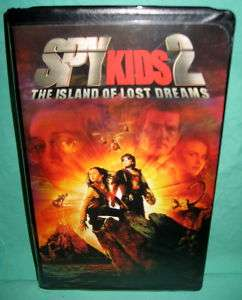 Spy Kids 2 VHS The Island Of Lost Dreams Clamshell Case