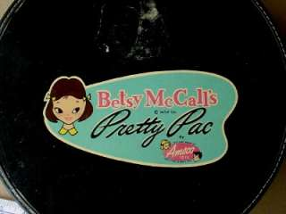 VINTAGE BETSY McCALLS PRETTY PAC AMSCO TOYS DOLL ROUND CARRY CASE