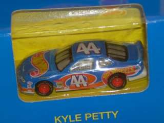 1996 HW #44 Kyle Petty Blue Box Hot Wheels Racing