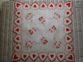 VINTAGE VALENTINES DAY RED HEARTS BOWS FLOWERS SCALLOPED HANKIE