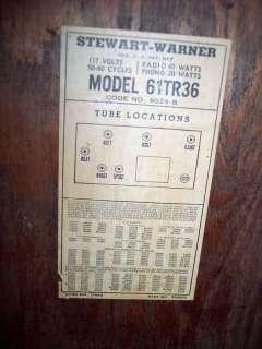 Vintage Stewart Warner Model 61TR36 Radio/Record Player Antique
