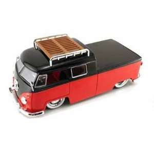 Bus Pickup w/Luggage Rack V DUBS 1/24 (Mass) Red / Black: Toys & Games