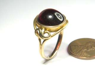 BEAUTIFUL ANTIQUE ENGLISH 18K GOLD GARNET CABOCHON RING c1870 N
