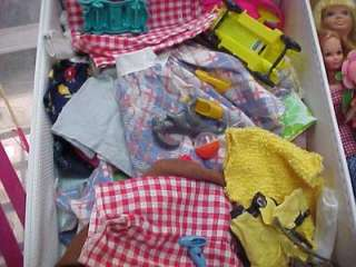 LOT OF VINTAGE SKIPPER CLOTHES SHOES DOLLS CARRY CASE