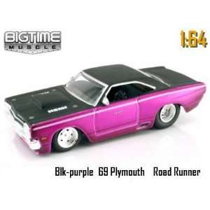 1969 Plymouth Hemi Road Runner 164 Scale Die Cast Car Toys & Games