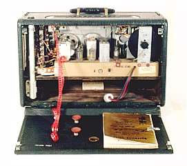 Oceanic Short Wave and AM Radio, Wave Magnet, L600, Mid 1950s