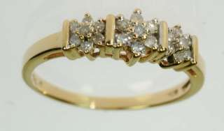 LADIES 10K YELLOW GOLD DIAMOND RIGHT HAND ESTATE RING