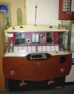 HIGH QUALITY JUKEBOXES, SLOTMACHINES, ART DECO catalin RADIOS