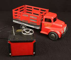 VIT EARLY REMOTE CONTROL PRESSED STEEL TRUCK OLD 110V ELECTRIC WORKS
