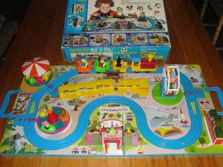 Walt Disney Character Fold A Way Play World w/ Box Train Set Toy Land