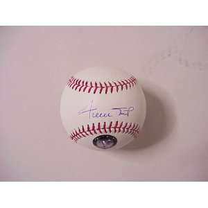 SAN FRANCISCO GIANTS AUTOGRAPHED BASEBALL Sports
