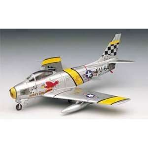 1629 1/72 North American F 86F Sabre Toys & Games