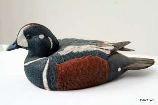 Vintage Duck Decoy Wood Duck Hand Painted & Carved with Felt Bottom