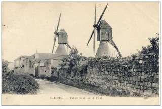 CPA 49 MAINE ET LOIRE SAUMUR Vieux moulins à vent
