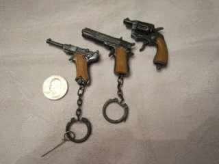 VINTAGE MINIATURE MINI VICTORY REVOLVER DIECAST TOY CAP GUN KEY CHAIN
