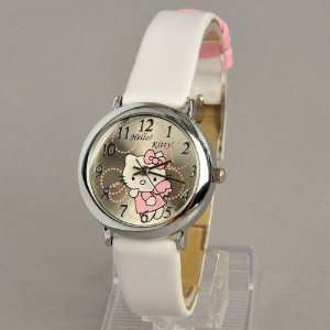 Hello Kitty Round Face Quartz Wristwatch Watch Faux Leather Band White