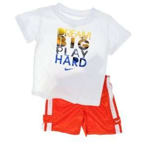Nike Sports Baby Boys Dream Big Play Hard 2 Piece T Shirt and Shorts