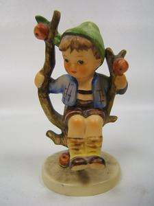 Hummel Apple Tree Boy Model No. 142 3/0 Stylized Bee