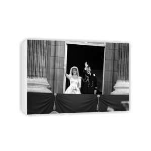 Prince Andrew and Sarah Ferguson   Canvas   Medium